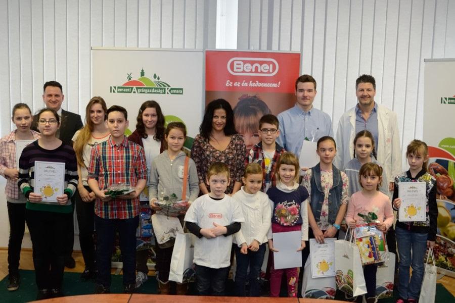 Átadták a díjakat a rajzold meg a mezőgazdaságot! című verseny nyerteseinek
